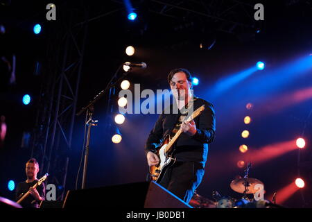 Newport, Isle of Wight, UK. 8th June, 2017. Isle of Wight Festival Day 1 - Starsailor performing at IOW Festival, - Stock Photo