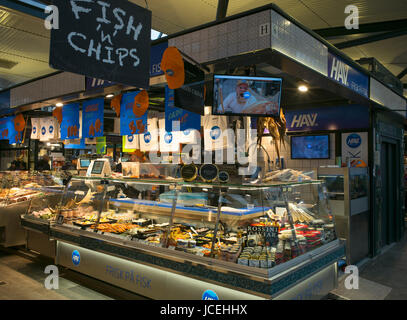 Fishmonger stall in torvehallerne market, Copenhagen, Denmark - Stock Photo