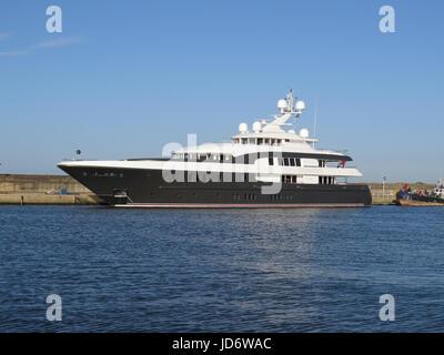 Superyacht Caipirinha - Stock Photo
