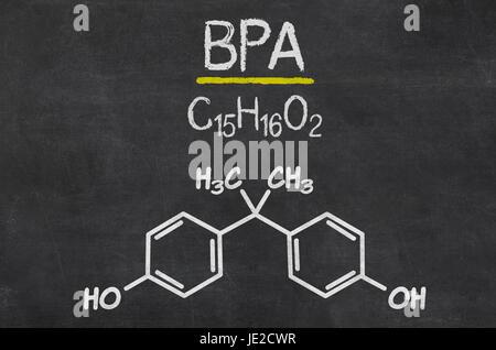 Schiefertafel mit der chemischen Formel von BPA - Stock Photo