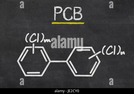 Schiefertafel mit der chemischen Formel von PCB - Stock Photo