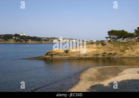 Spain, Catalonia, Costa Brava, Cadaques on a peninsula, - Stock Photo