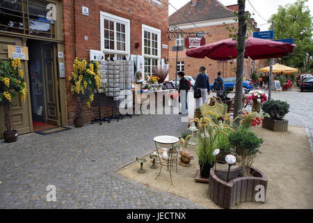 Germany, Brandenburg, Potsdam, Dutch fourth, souvenir shop, outside, tourists, town, town fourth, sidewalk, street, - Stock Photo