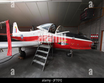 1972 BAC 84 Jet Provost T5A XW425 photo 3 - Stock Photo