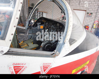 1972 BAC 84 Jet Provost T5A XW425 photo 5 - Stock Photo