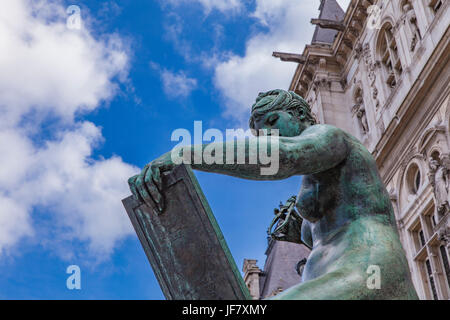 Sculpture La Science from Jules Blanchard at 1882 by Hotel de Ville (City Hall) in Paris - Stock Photo
