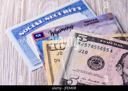 New driver license fee in Wyoming USA - Stock Photo