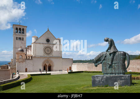 Europe, Italy, Umbria, Perugia, Basilica of St. Francis of Assisi with statue - Stock Photo