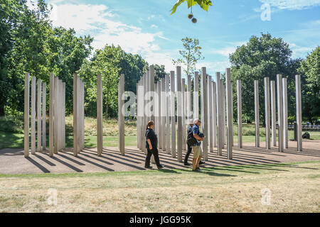 London, UK. 7th July, 2017. Memorial to the victims of the London July 7 bombings on the 12 th anniversary of the - Stock Photo