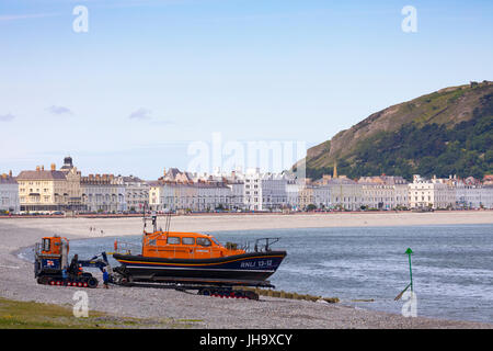 Llandudno RNLI lifeboart crew testing their new lifeboat house with the shannon class RNLI lifeboat Cosandra 13 - Stock Photo