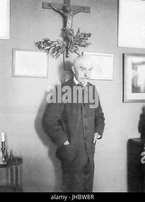 Joris-Karl Huysmans photographed by Dornac - Stock Photo