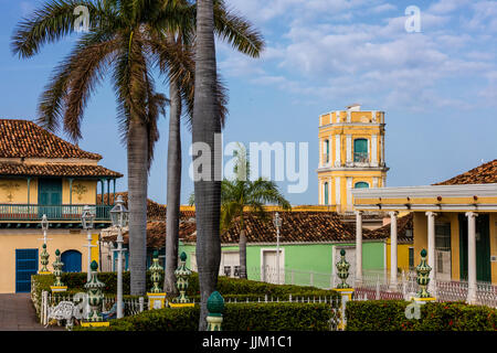 The PLAZA MAYOR is surrounded by historical buildings in the heart of the town - TRINIDAD, CUBA - Stock Photo