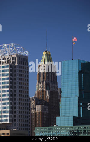 USA, Maryland, Baltimore, Inner Harbor, harborfront buildings, L to R, 10 Light Street, William Donald Schaefer - Stock Photo