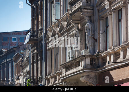 Romania, Bucharest, Lipscani Old Town, building detail - Stock Photo