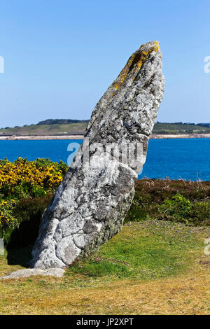 The Old Man of Gugh, standing stone, Gugh, Isles of Scilly, Cornwall, England, UK. - Stock Photo