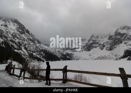 Morskie Oko mountain lake in winter, Tatra Mountains - Stock Photo