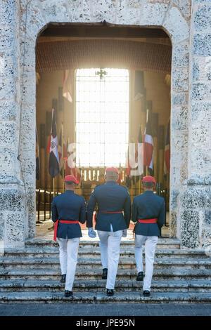 Colonial Zone (Ciudad Colonial), Santo Domingo, Dominican Republic. Guards at the Panteon Nacional. - Stock Photo