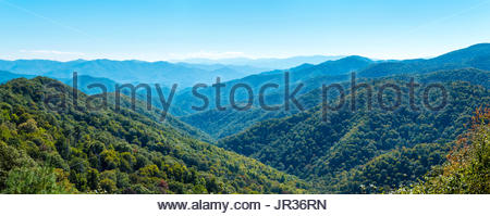 United States, North Carolina, Swain County. Blue Ridge Parkway in the Great Smoky Mountains National Park. - Stock Photo