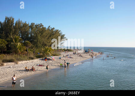 Sanibel Island, Florida beach - Stock Photo