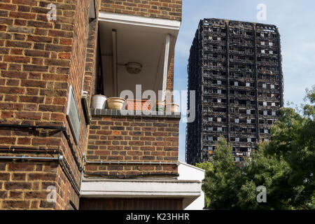 London, UK. 28th Aug, 2017. Grenfell Tower. The Grenfell Tower fire occurred on 14 June 2017 at the 24-storey Grenfell - Stock Photo