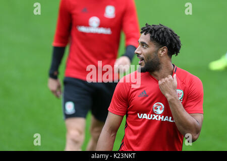 Cardiff, UK. 29th Aug, 2017. Ashley Williams of Wales at the Wales football team training at the Vale Resort in - Stock Photo