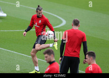 Cardiff, UK. 29th Aug, 2017. Gareth Bale of Wales at the Wales football team training at the Vale Resort in Hensol, - Stock Photo