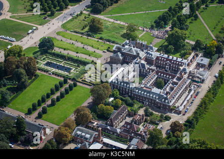 Aerial of Kensington Palace - Taken on the 20th anniversary of Princess Diana's death - 31st August 2017 from helicopter - Stock Photo