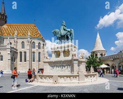 Statue of king Stephen I of Hungary mounted on horseback by Mattias Church in the Fisherman's Bastion, Castle Hill, - Stock Photo