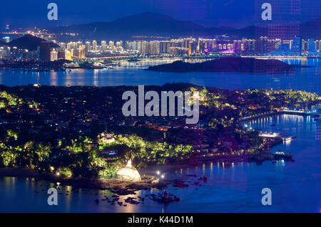 Xiamen, China's Fujian Province. 4th Sep, 2017. The night view of Gulangyu is seen in Xiamen, host city for the - Stock Photo
