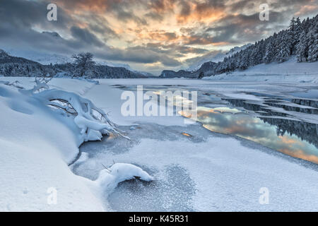 Sunset on Sils Lake. Sils Engadine, canton Grigioni, Switzerland - Stock Photo