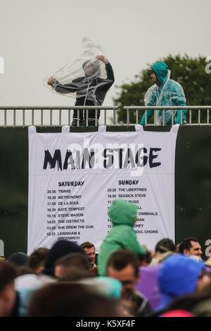 London, UK. 10th September, 2017. Festival goers at the 2017 OnBlackheath Festival. Photo date: Sunday, September - Stock Photo