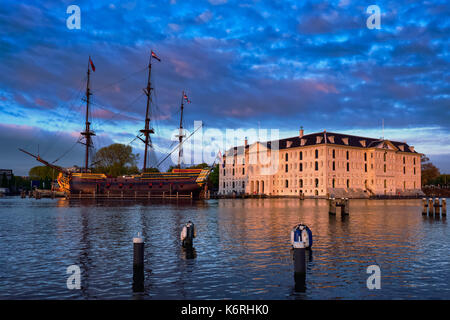VOC-schip East Indiaman the Amsterdam and The National Maritime  - Stock Photo