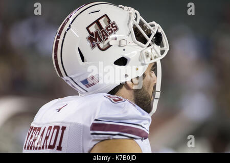 Philadelphia, Pennsylvania, USA. 15th Sep, 2017. UMass player watching the game at Lincoln Financial Field in Philadelphia - Stock Photo