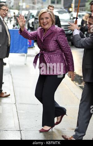 New York, NY, USA. 19th Sep, 2017. Hillary Clinton, seen at the Late Show with Stephen Colbert to promote her new - Stock Photo