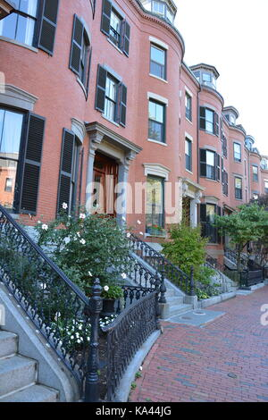 Brick Federal and Victorian Bow fronted Row Houses and historic hotels in Boston's iconic South End neighborhood, - Stock Photo