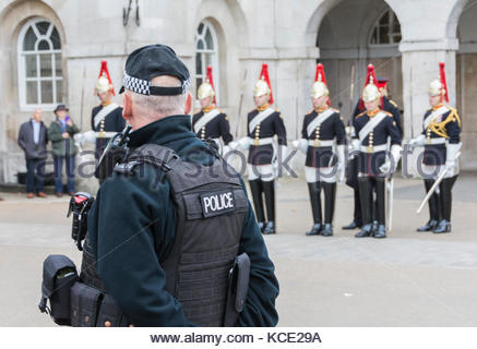 The Blues and Royals of the Household Cavalry taking part in the Dismounting Ceremony, or 4 'O' Clock Parade, at - Stock Photo