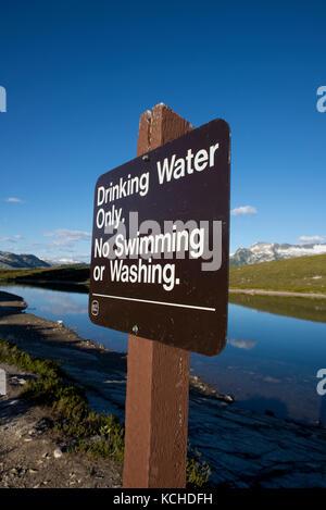 Elfin Lakes Trail to Elfin Lakes. Diamond Head, Garibaldi Provincial Park. Squamish, British Columbia - Stock Photo