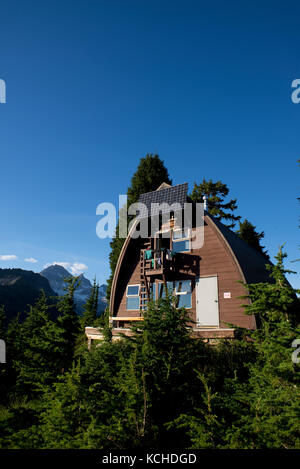 Elfin Lakes Trail to Elfin Lakes, Diamond Head, Garibaldi Provincial Park, Squamish, British Columbia - Stock Photo