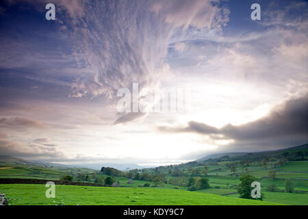 An evening view of Wensleydale in Yorkshire, taken from the A684 near Bainbridge. - Stock Photo