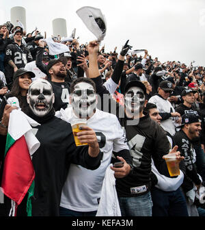 Oct 19 2017 - Oakland CA, U.S.A Oakland Raiders fans during the NFL football game between Kansas City Chiefs and - Stock Photo