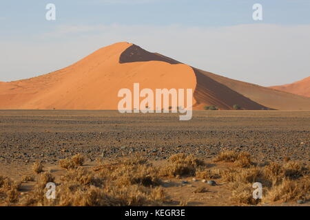 Big Daddy -  tallest dune in the Sossusvlei area - Grösste Sanddüne der Welt in Namibia - Stock Photo