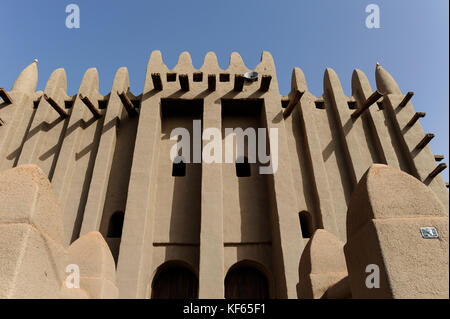 MALI Mopti , The Grand Mosque, an earthen structure built in the traditional Sudanese style between 1936 and 1943, - Stock Photo