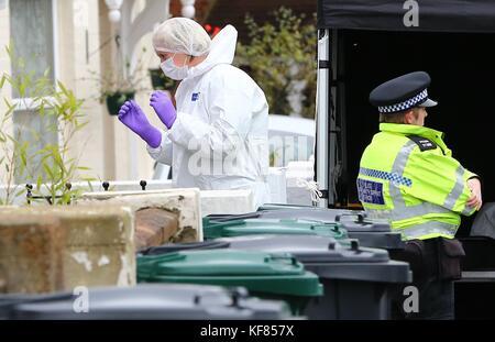 Brighton, UK. 26th October, 2017. Police Scene of Crime Officer enter 8 Sandgate Road, Brighton where Jillian Howell - Stock Photo