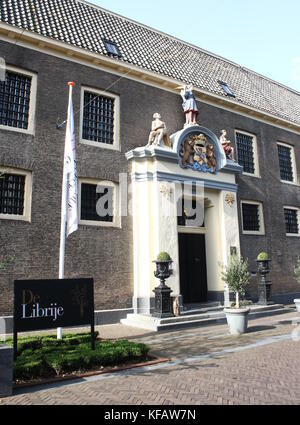 De Librije Restaurant and Hotel at Spinhuisplein, central Zwolle, The Netherlands.  Well-know three Michelin-star - Stock Photo