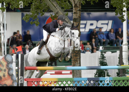 The National, Spruce Meadows June 2002, Mark Samuel (CAN) riding Cathleen - Stock Photo