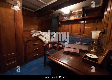 Interior of officer's cabin on the Discovery ship berthed at Discovery Point in Dundee ,Tayside, Scotland, - Stock Photo
