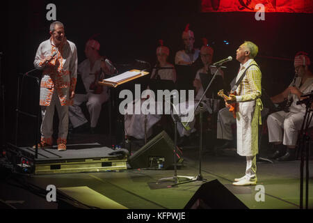 London, UK. 31st Oct, 2017. GIlberto Gil and Aldo Brizzi (left) during a performance at The Barbican in London. - Stock Photo