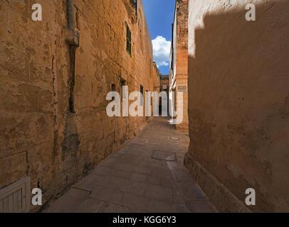 Narrow lane in Mdina (Malta) - Stock Photo