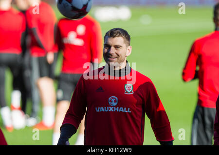 Cardiff, Wales, UK, November 13th 2017. Sam Vokes of Wales during training at Cardiff City Stadium ahead of the - Stock Photo