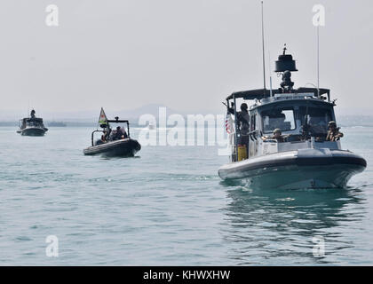 171113-N-RF885-017  GULF OF TADJOURA, Djibouti (Nov. 13, 2017) Sailors assigned to Coastal Riverine Squadron (CRS) - Stock Photo
